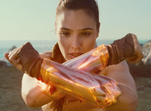 Screenshot of Wonder Woman 2017 of her crossing her arms